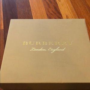 Burberry Melton booties